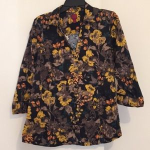 212 Collection Floral Button Down Top